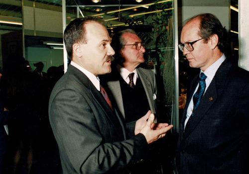 1CCI_000070.jpg visita expoebre conseller comerç 1995